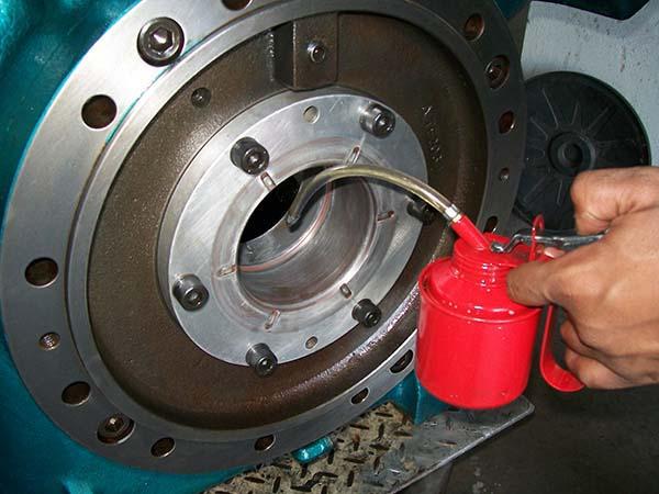 Manutenção compressor Mycom